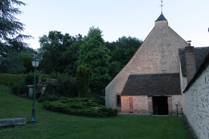 Eglise à caquetoire - Chevry Sous Le Bignon