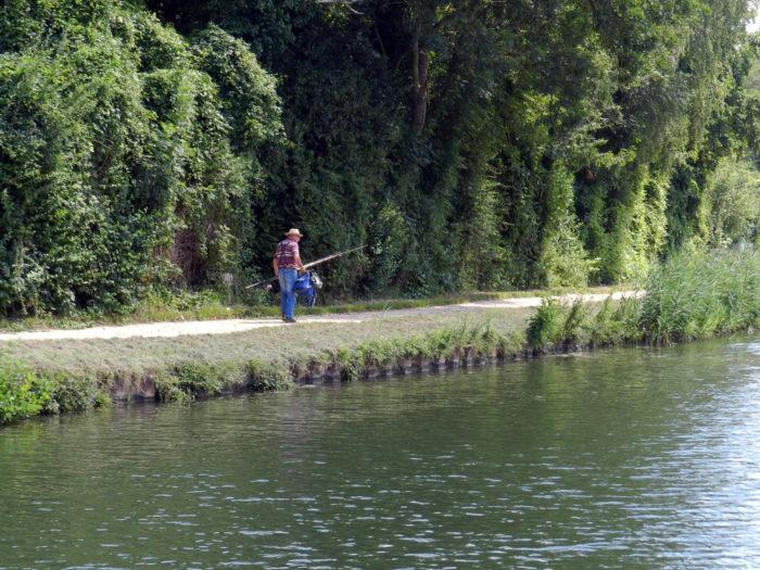 Pêche sur le Canal du Loing