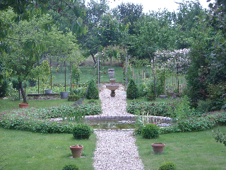 Gîte Bois Clair – jardin