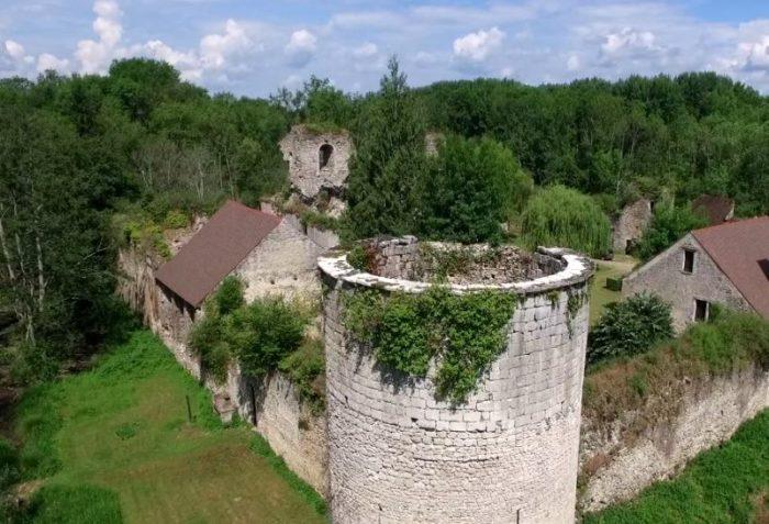 chateau Mez le maréchal drone.16_ – Copie
